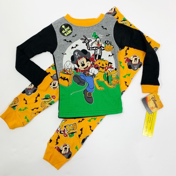 DISNEY MICKEY MOUSE PIRATE HALLOWEEN PAJAMAS SIZE 2T 3T 4T NEW!